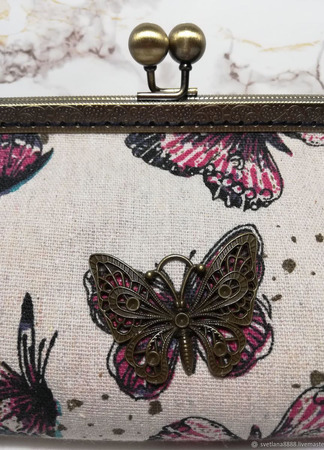 """Косметичка с фермуаром """"Бабочки"""" ручной работы на заказ"""