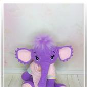 Слоненок вязаный