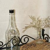 Бутылка стеклянная прозрачная белая с крышкой