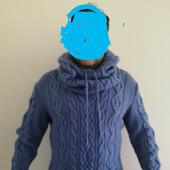 Пуловер со снудом-капюшоном
