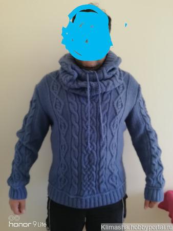 Пуловер со снудом-капюшоном ручной работы на заказ