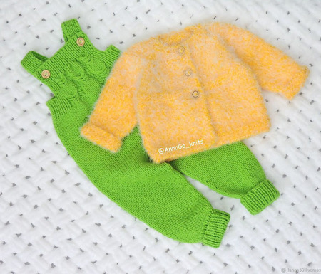Полукомбинезон, кофточка, шапочка и пинетки 2 ручной работы на заказ
