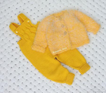Полукомбинезон, кофточка, шапочка и пинетки ручной работы на заказ