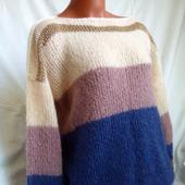 Вязаный свитер из кид-мохера в стиле ColorBlock