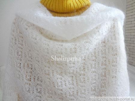 Белый вязаный ажурный пуховый платок- паутинка, ручная вязка ручной работы на заказ
