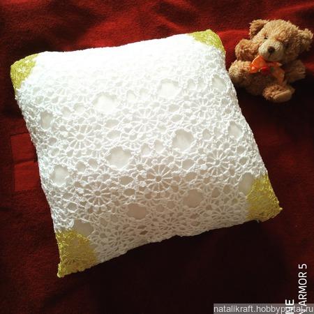 Подушка кружевная ручной работы на заказ