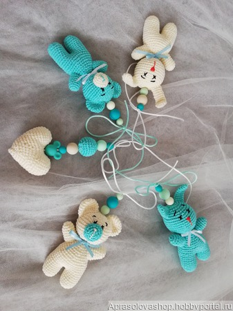 Игрушки подвески для малышей ручной работы на заказ