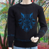 Мужской свитер с драконом
