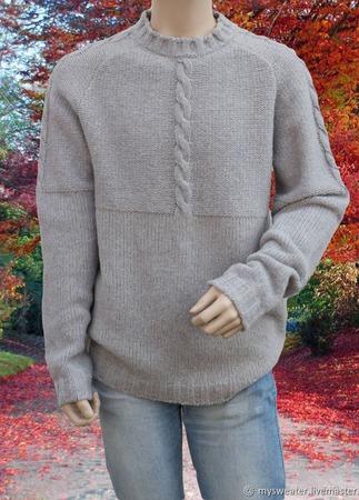 Мужской однотонный свитер крупной вязки со жгутами ручной работы на заказ