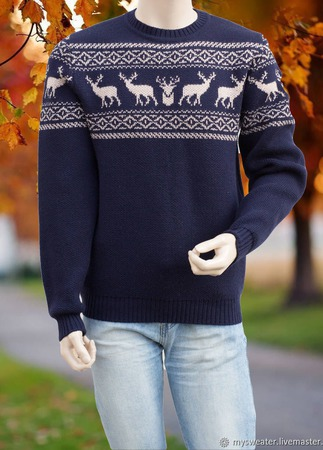 Новогодний мужской свитер с оленями ручной работы на заказ