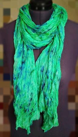 Шарф шёлковый светло- изумрудный с синим ручной работы на заказ