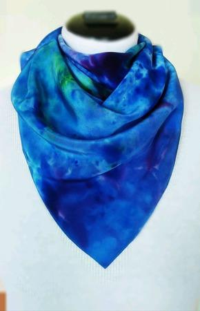 Платок шёлковый ярко-синий ручной работы ручной работы на заказ