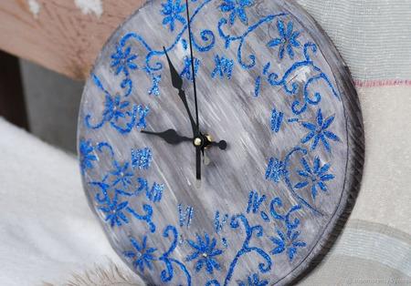 Часы настенные Морозко ручной работы на заказ