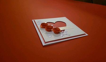 Валентинка - открытка Сердечко с красными цветами ручной работы на заказ