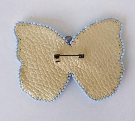 Брошь Голубая бабочка ручной работы на заказ