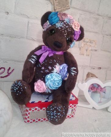 Мишка с вышивкой Розочка ручной работы на заказ