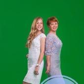 Описание ажурного платья с кружевной вставкой Юлия