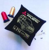 Подушка автомобильная Mitsubishi Pajero