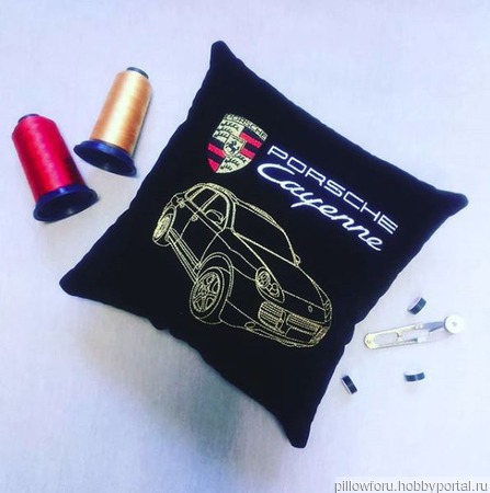 Подушка автомобильная Porsche Cayenne ручной работы на заказ