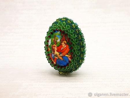 Яйцо оплетенное бисером и бусинами ручной работы на заказ