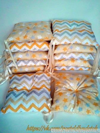 Комплект детского постельного белья с бортиками ручной работы на заказ