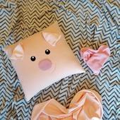 Плюшевая подушка-игрушка свинка мистер Хрюк