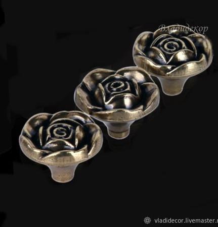 Ручка кнопка на ножке М-108 роза винтажные аксессуары для шкатулок ручной работы на заказ