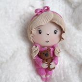 Брошь Куколка с мишкой