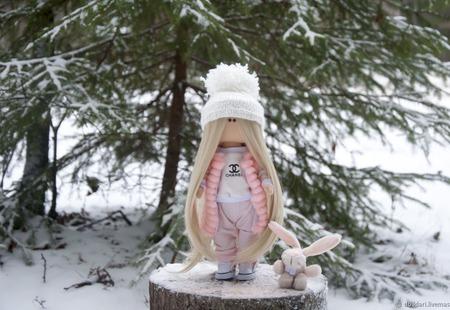 Игровая текстильная кукла ручной работы на заказ