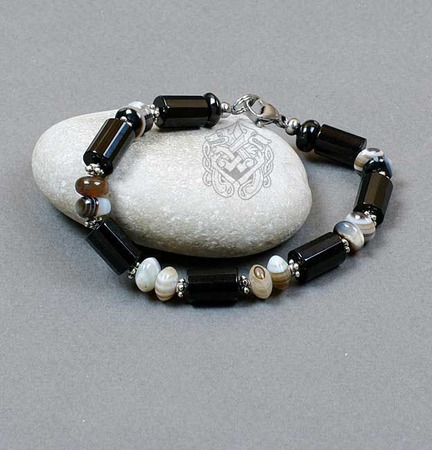 Браслет мужской из натуральных камней Нева (черный оникс, натуральный ручной работы на заказ