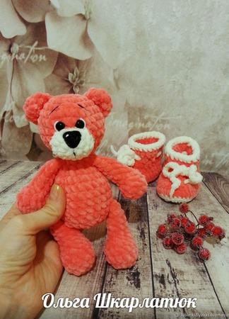 Пинетки с игрушкой вязаные ручной работы на заказ