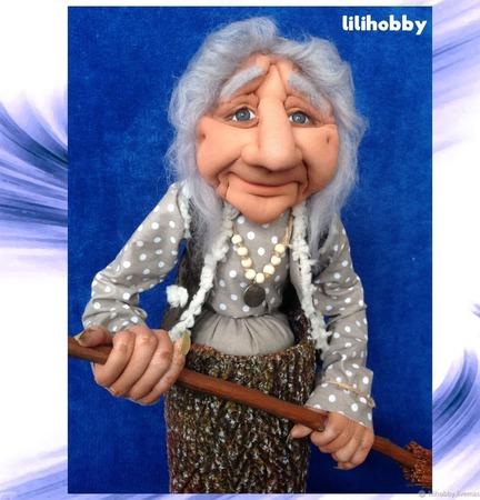 Кукла копилка Баба Яга в ступе с метлой ручной работы на заказ