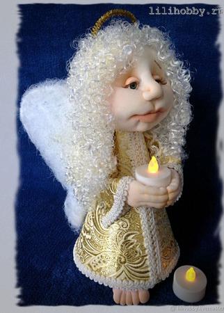 Ангел со свечой чулочная кукла ручной работы на заказ