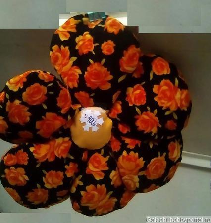 Подушка-цвето 4.1.3.3.1 ручной работы на заказ