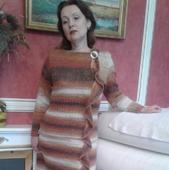 Платье женское тёплое,связанное из мохера спицами