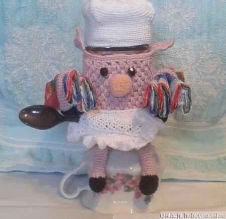 Свинка-хозяюшка обвязка банки кофе ручной работы на заказ