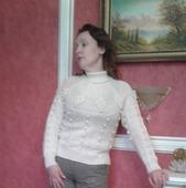 Свитер тёплый женский,связанный спицами из шерсти