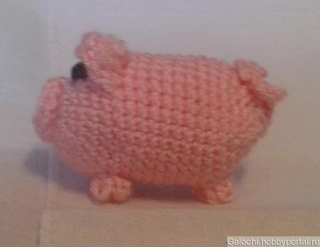 Свинка-брелок ручной работы на заказ