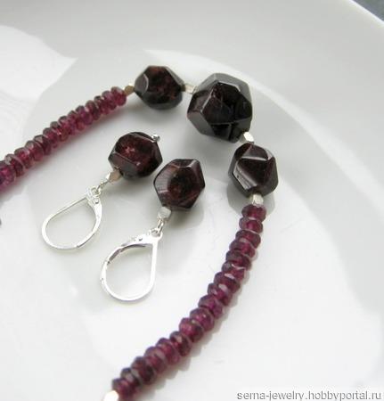 """Серьги """"Alluring cherries"""" из серебра с гранатами ручной работы на заказ"""