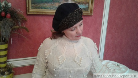 Берет женский демисезонный, связанный крючком ручной работы на заказ
