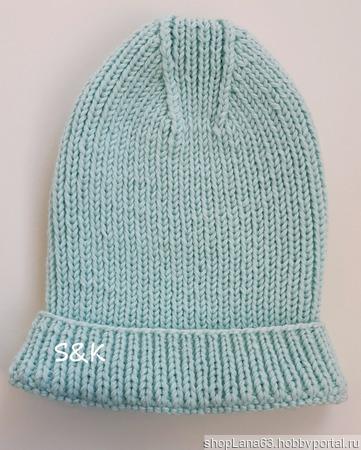 Вязаная шапка 1*1 с красивой макушкой ручной работы на заказ