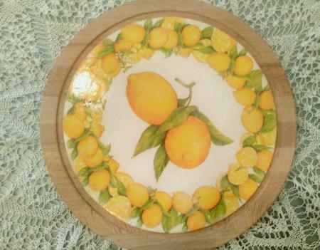 """Сырная разделочная доска для сервировки """"Лимоны"""" ручной работы на заказ"""