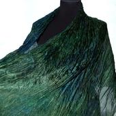 Шелковый шарф жатый зеленый с синим