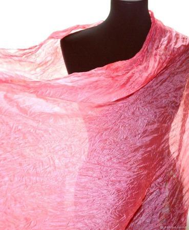 Шёлковый шарф розовый плиссированый ручной работы на заказ