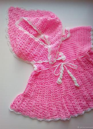 Вязаное первое платье и косыночка для девочки ручной работы на заказ