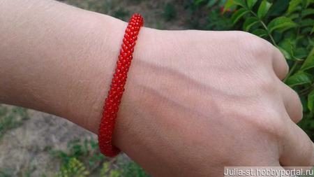 """Красный браслет из бисера """"От сглаза"""" ручной работы на заказ"""