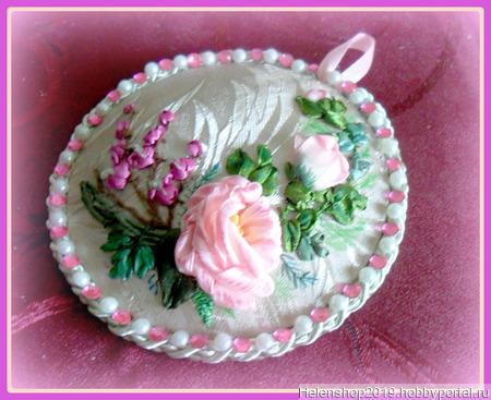 Игольница вышитая лентами с розой и дицентрой ручной работы на заказ