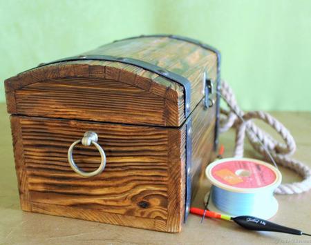 Деревянный сундук из дерева ручной работы на заказ