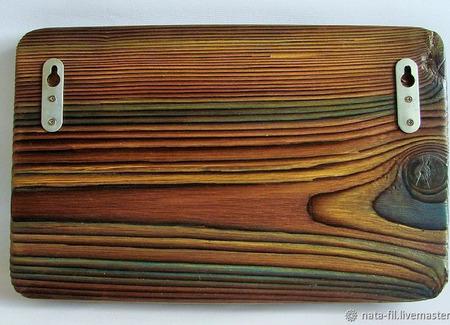 Ключница настенная деревянная в подарок охотнику ручной работы на заказ