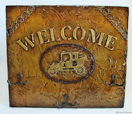 "Ключница настенная в стиле лофт ""Welcome"" ручной работы на заказ"